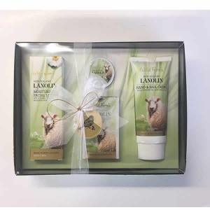 Parrs Wild Ferns Gift Box (Hand & Nail Creme, Soap, Facial Moisturiser)