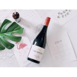 【包邮】孟非代言!2017年新西兰马尔堡Two Rivers Pinot双河清流黑皮诺红葡萄酒  酒精度13% 750ml